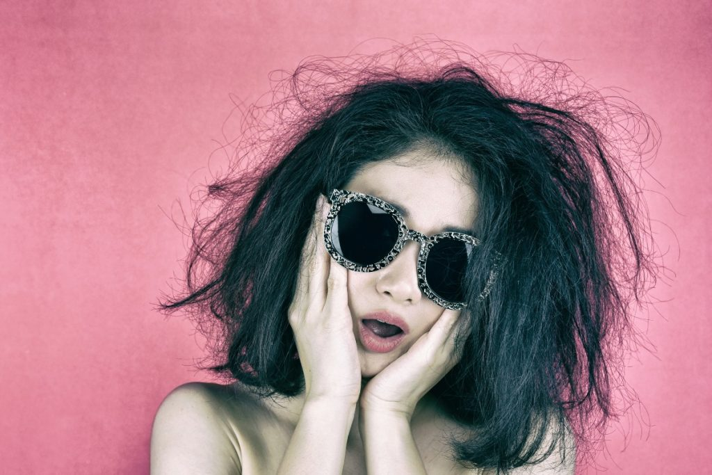 girl with dry hair