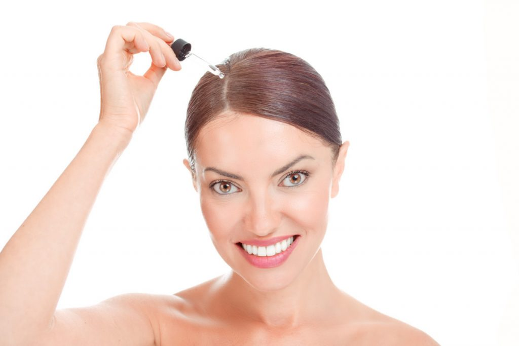 Can We Apply Serum To Dry Hair?