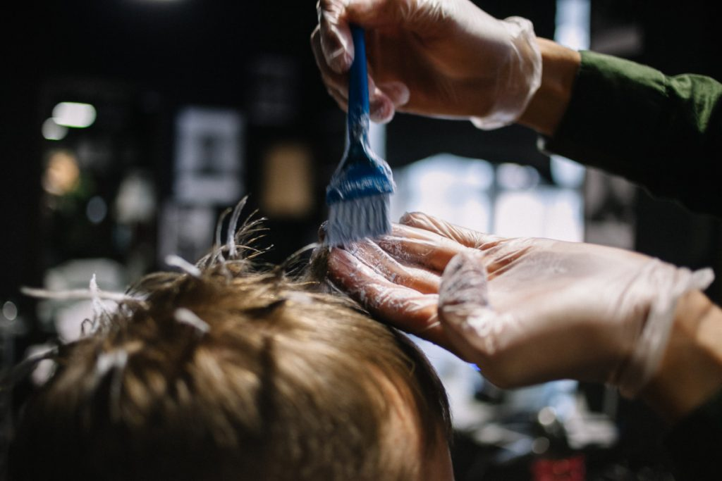 The Pros and Cons of Hair Dye